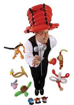 Ballonkünstler oder Luftballonkünstler der Ballonfiguren und Luftballontiere knotet